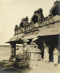 Corner view of the main mandapam and stone ratham, Chennakesavasvami Temple, Sompalle, Madanapalle taluk, Cuddapah district